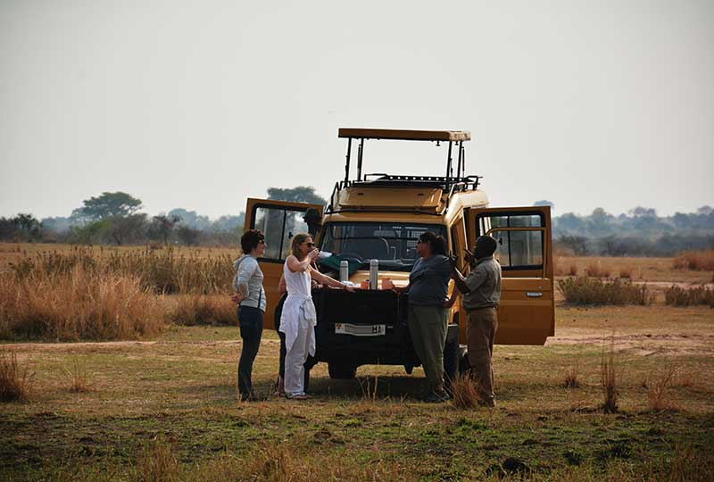 Bush breakfast in +Murchison Falls National Park+Uganda+travel-with+Kwezi+Outdoors